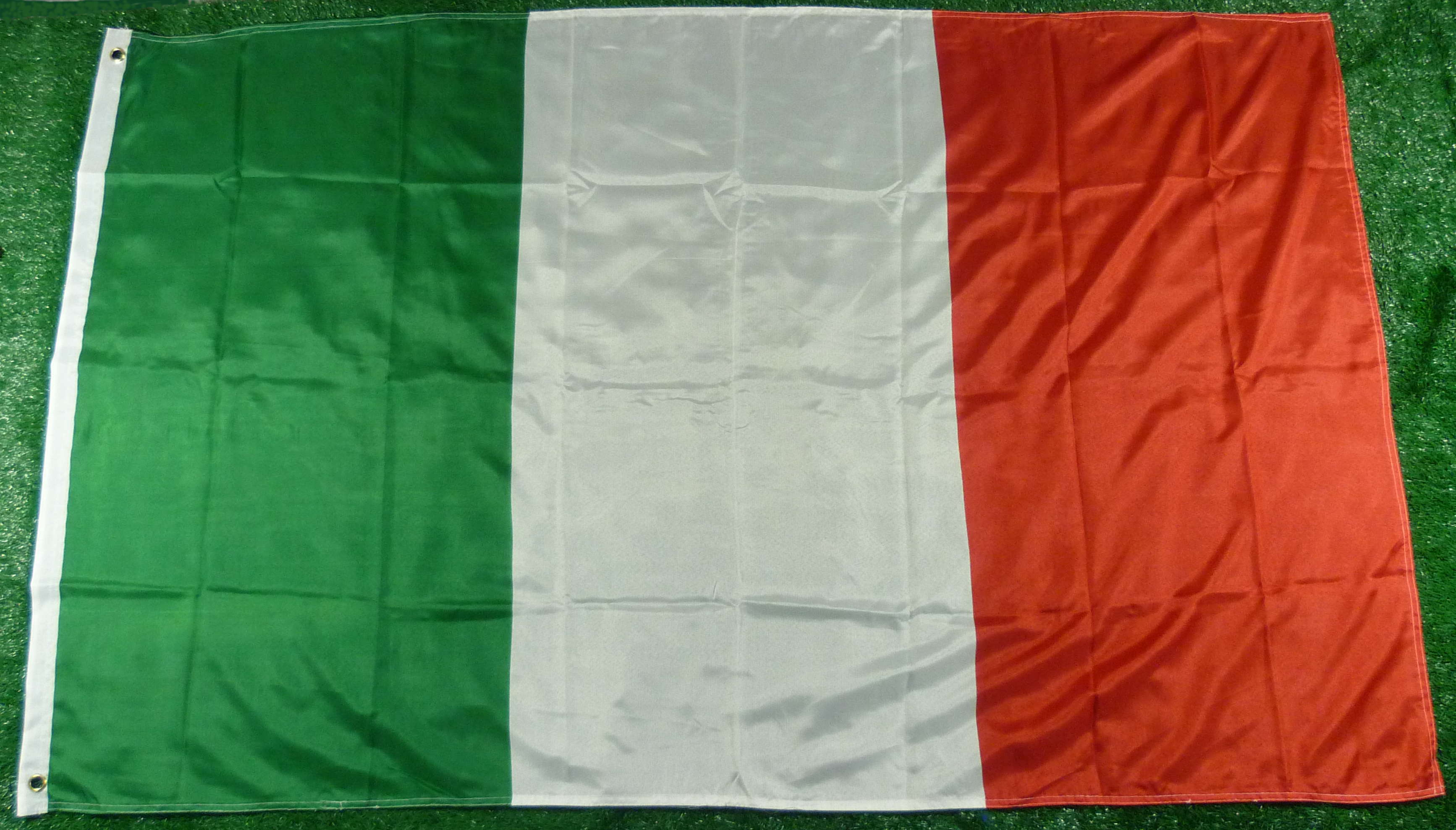 Italien Fahne 90 x 150 cm mit Saum
